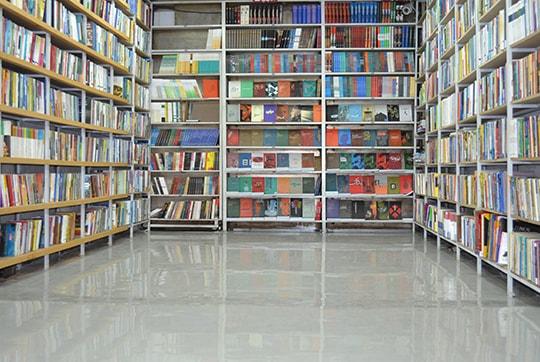 کفپوش اپوکسی مغازه کتابفروشی آگاه