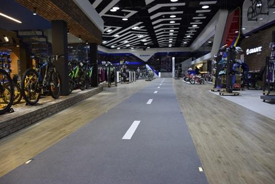 فروشگاه دوچرخه و تجهیزات ورزشی